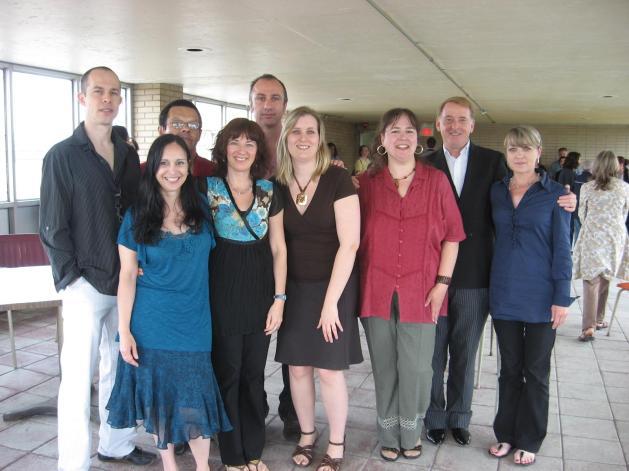 Francine Minville lors d'un Midi-Culture à la Commission scolaire de Montréal en compagnie de son Directeur général, Gilles Petitclerc.